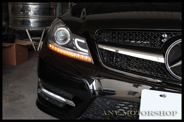 2012 2013 W204 Aftermarket Projector Headlights With The
